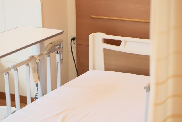 病院のベッドが狭い