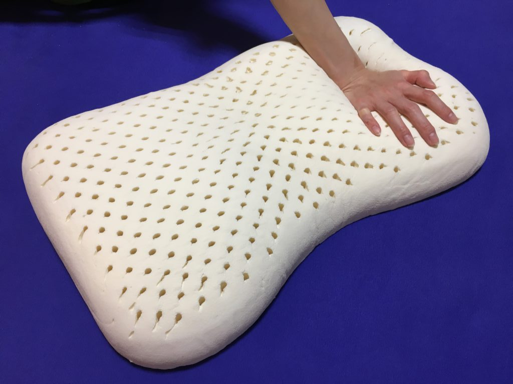 低反発枕とラテックス枕を徹底比較!プロがラテックス枕を勧める理由とは